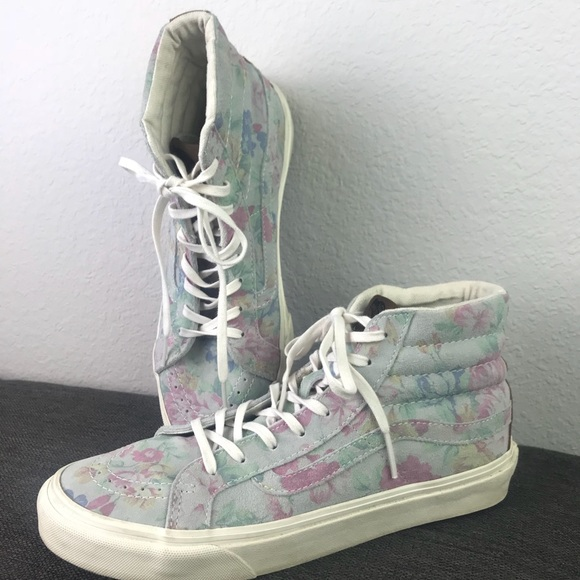 157449126a Vans Sk8-Hi Slim Sneaker Suede Floral Marshmallow.  M 5a91ba883800c57c53ed1645